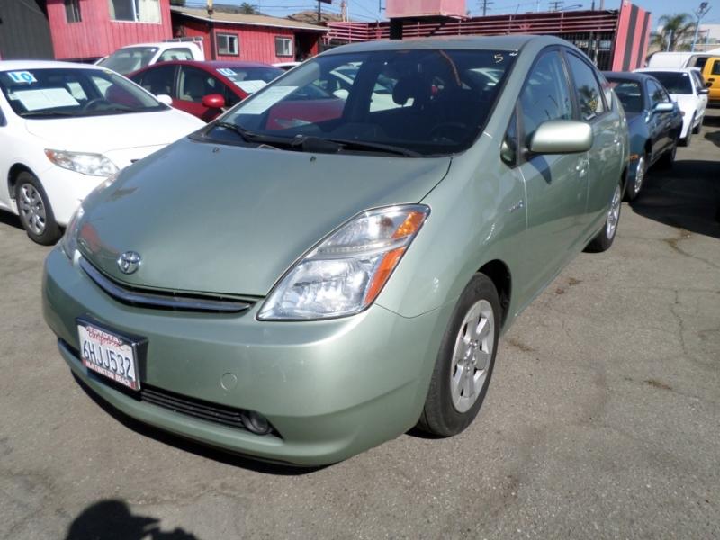 Toyota Prius 2009 price $7,950