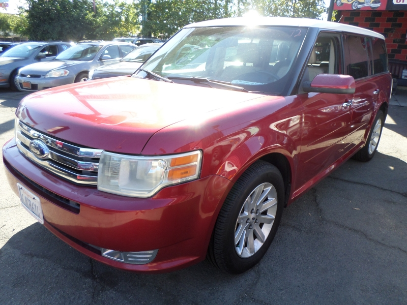 Ford Flex 2009 price $8,450