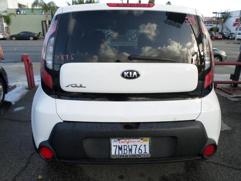 Kia Soul 2015 price $8,950