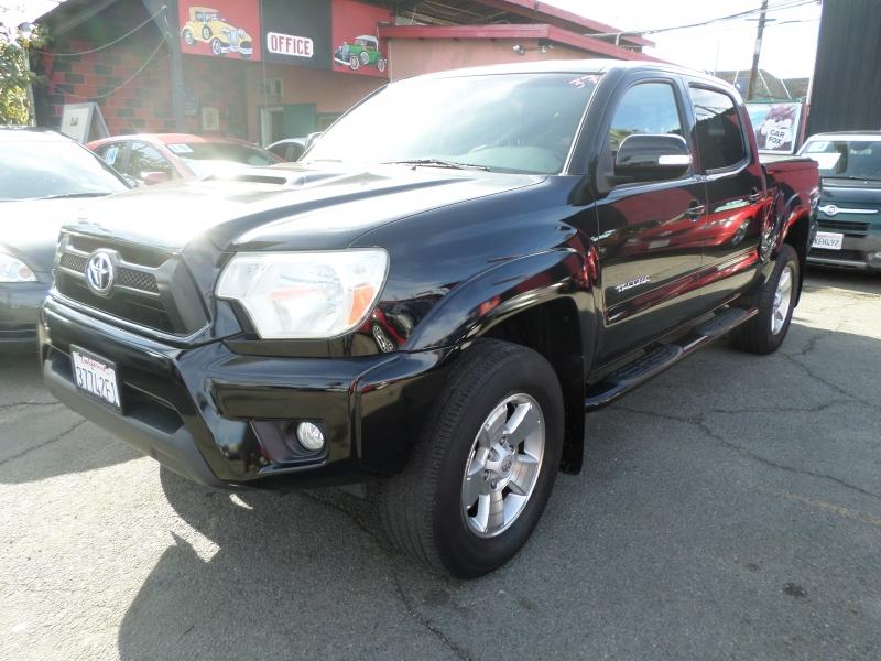 Toyota Tacoma 2012 price $27,550