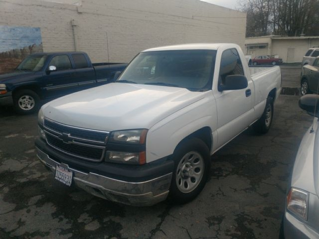 2006 Chevrolet Silverado 1500 Regular Cab Work Truck Pickup 2d 8 Ft