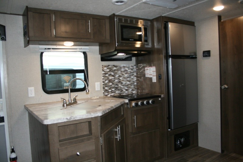Shasta 21RB 2019 price $17,392