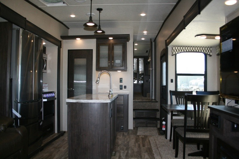 Forest River Shasta Phoenix 298RLS 2020 price $47,485