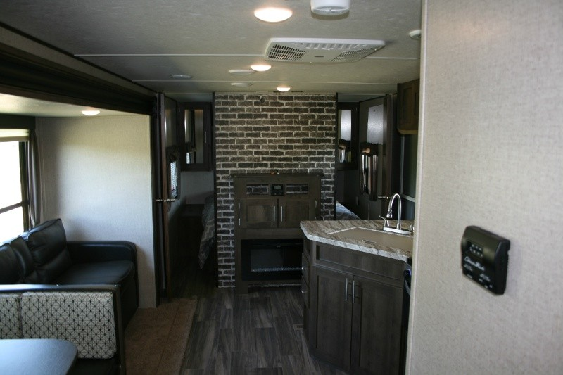 Forest River Shasta 32DS 2020 price $28,895