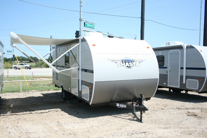 Forest River Shasta 18BH 2020 price $14,985