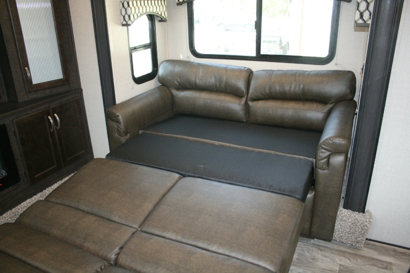Shasta Phoenix 370FE 2020 price $50,885