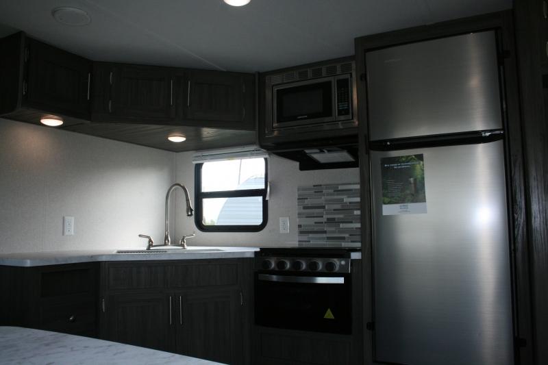 Forest River Shasta 28BH 2020 price $24,895