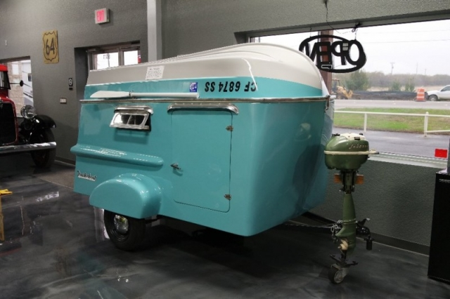 1963 TRAILORBOAT