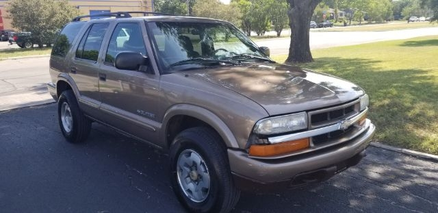 Chevrolet Blazer 2003 price $2,499