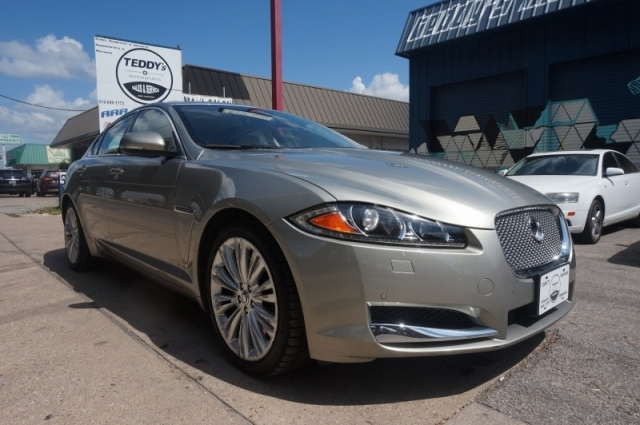 2012 Jaguar XF Portfolio w/Sport Pakage Fully Loaded