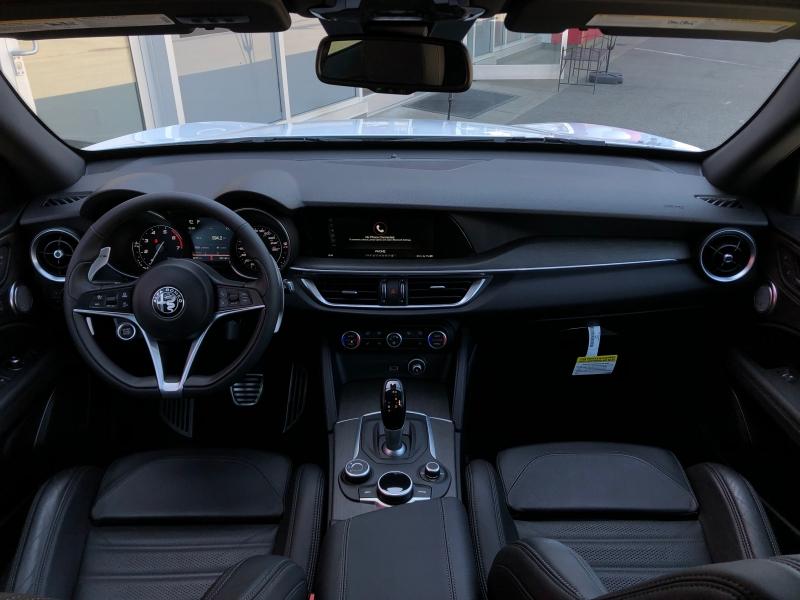 Alfa Romeo Stelvio 2018 price $44,888