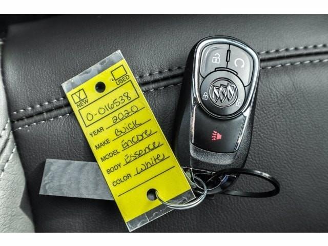 Buick Encore 2020 price $36,072