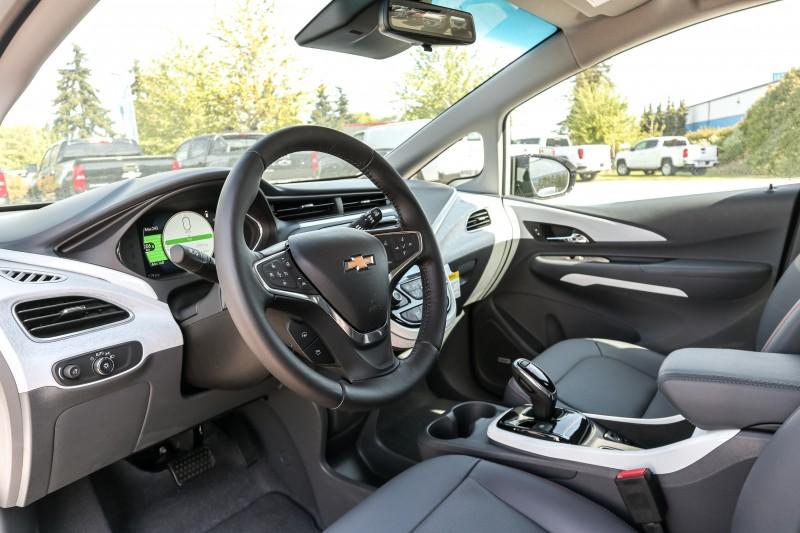 Chevrolet Bolt EV 2019 price $52,580