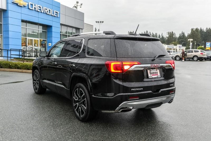 GMC Acadia 2019 price $54,721