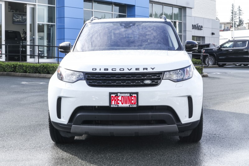 Land Rover Discovery 2018 price $56,988