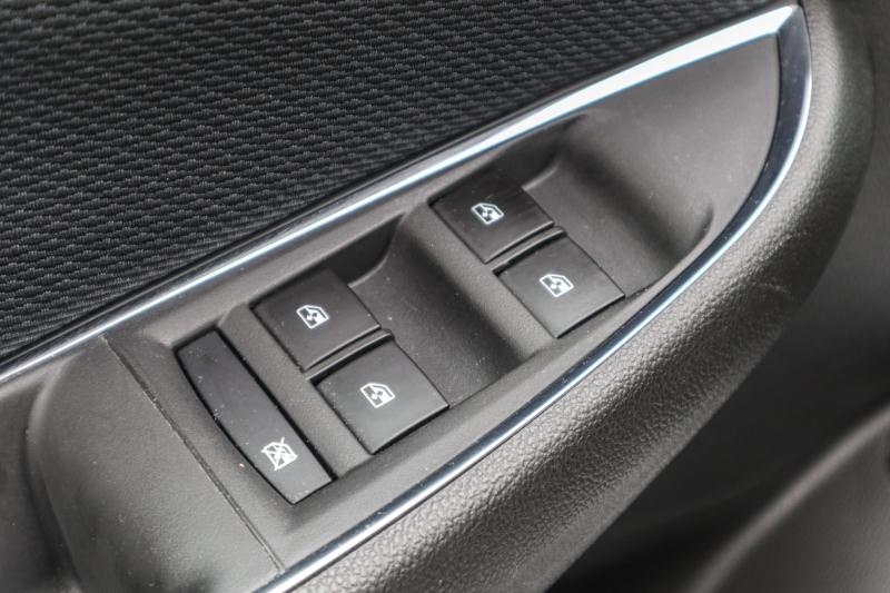 Chevrolet Cruze 2017 price $16,800