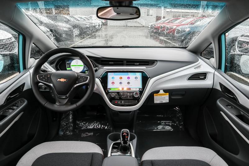 Chevrolet Bolt EV 2020 price $44,169