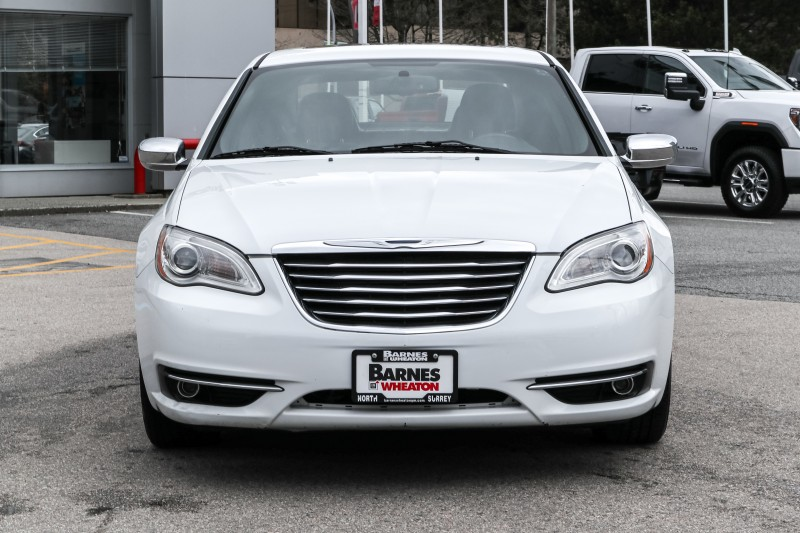 Chrysler 200 2013 price $10,493