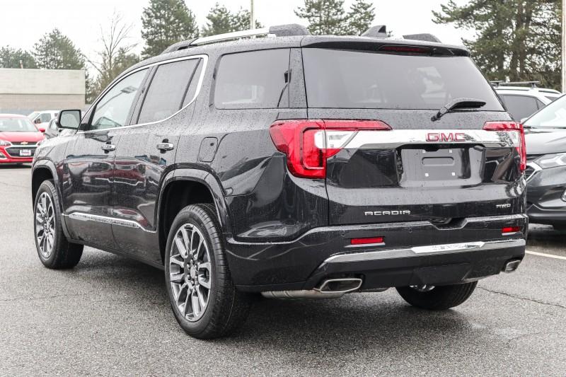 GMC Acadia 2020 price $56,196