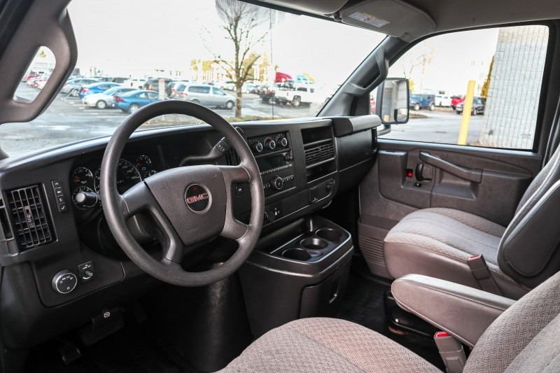 GMC Savana Commercial Cutaway 2017 price $35,037