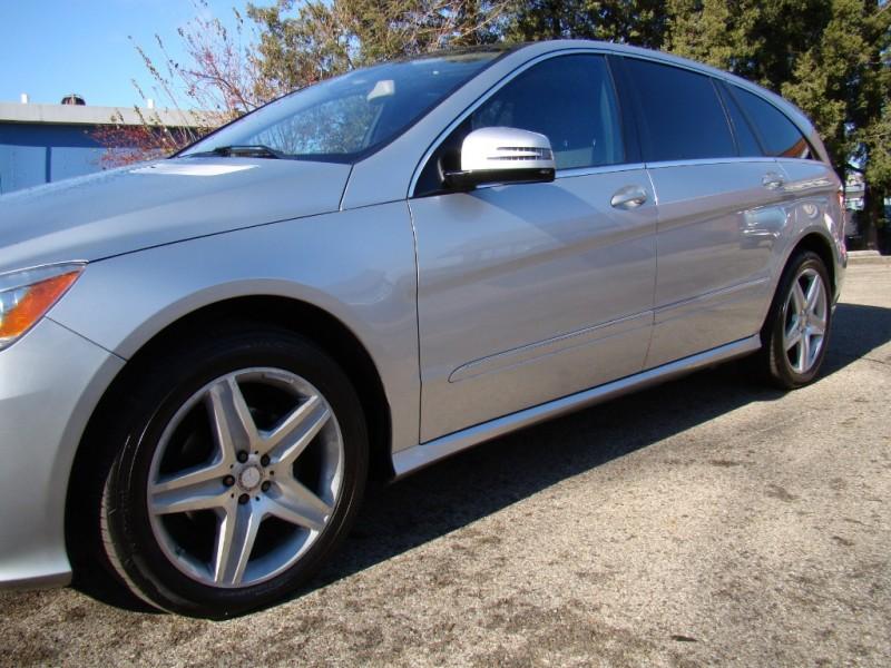 Mercedes-Benz R-Class 2011 price $11,995