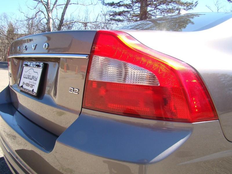 Volvo S80 2009 price $4,995