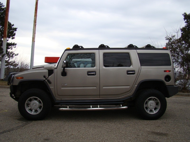Hummer H2 2003 price $13,995