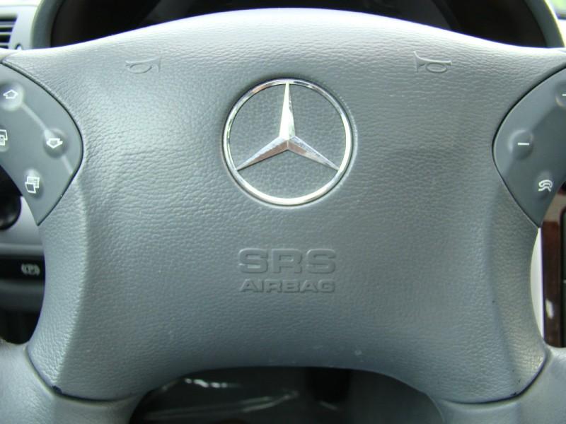 Mercedes-Benz C-Class 2004 price $3,995
