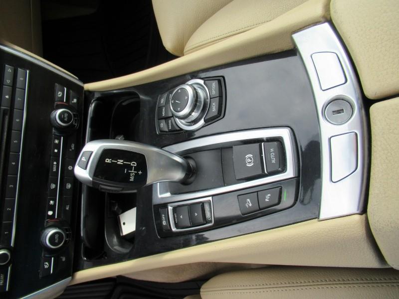 BMW 5 Series Gran Turismo 2012 price $12,985
