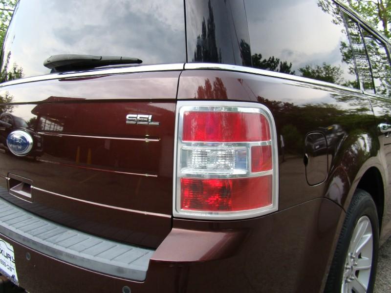 Ford Flex 2010 price $5,995
