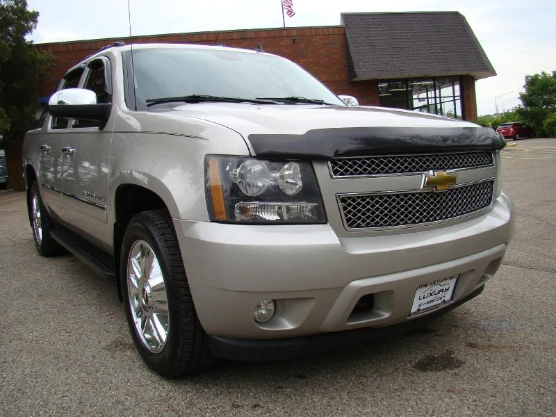 Chevrolet Avalanche 2009 price $16,995