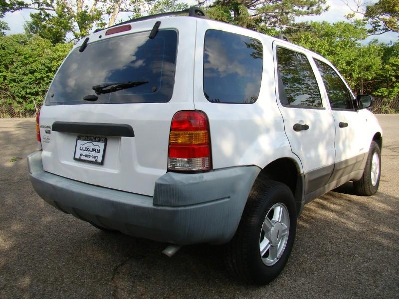 Ford Escape 2001 price $4,995