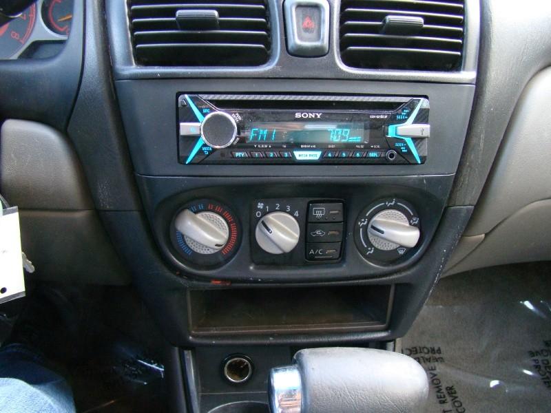 Nissan Sentra 2003 price $1,995