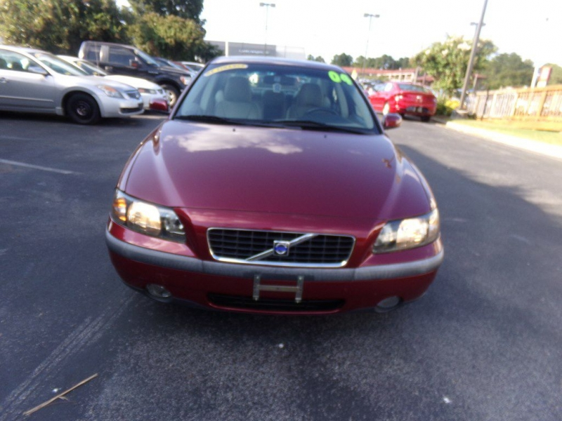 VOLVO S60 2004 price Call for price