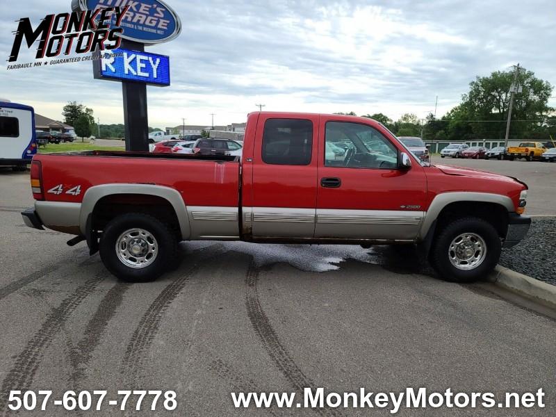Chevrolet Silverado 2500 2000 price $4,995