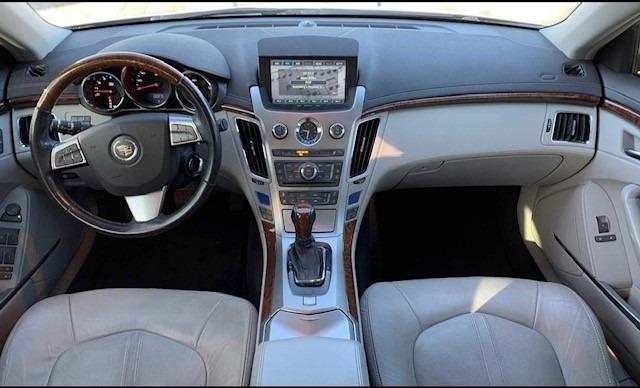 Cadillac CTS Wagon 2010 price $12,495