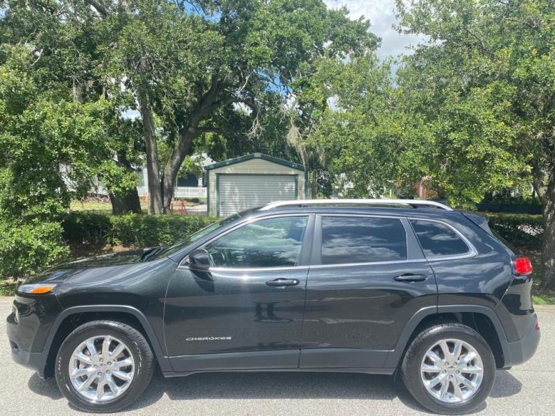 Jeep Cherokee 2016 price $16,999