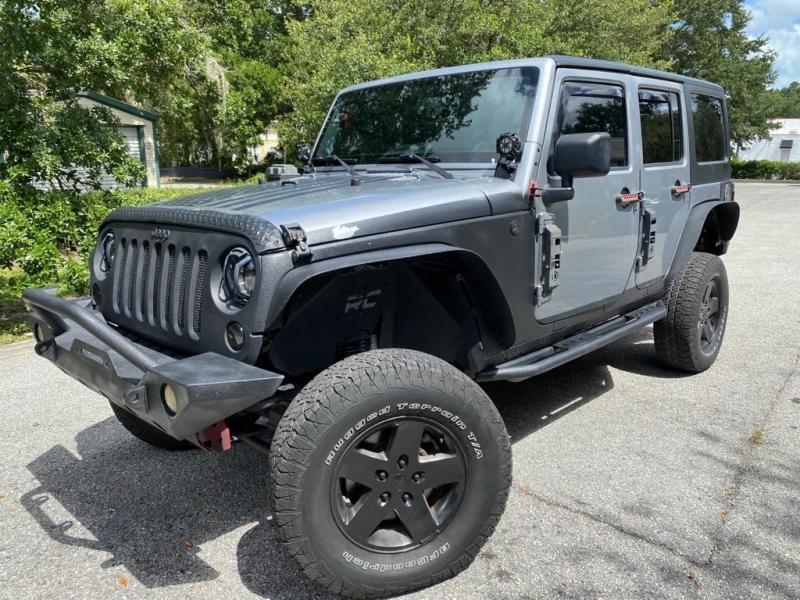 Jeep Wrangler Unlimited 2014 price $21,999