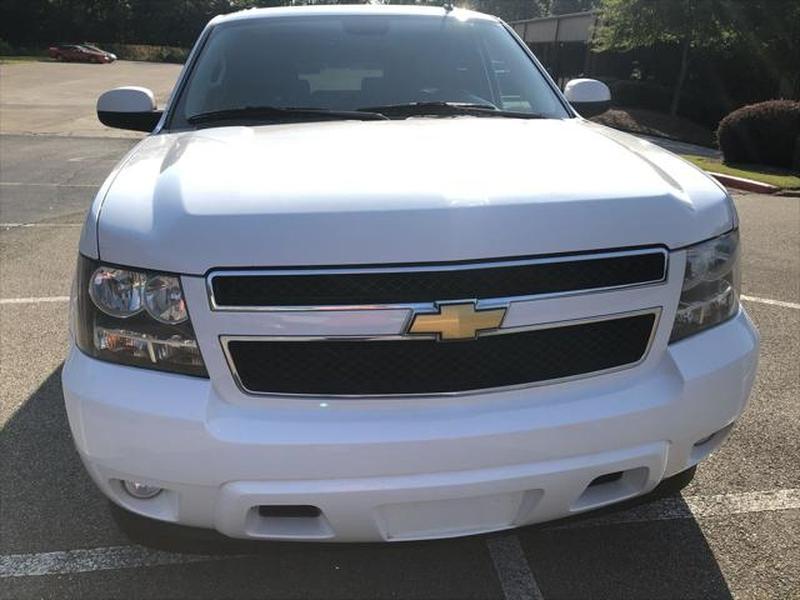 Chevrolet Suburban 2012 price $9,799