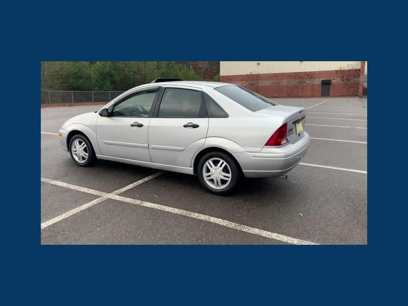 Ford Focus 2002 price $3,999