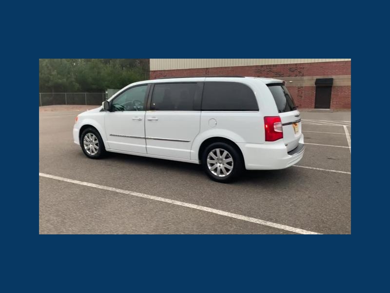 Chrysler Town & Country 2016 price