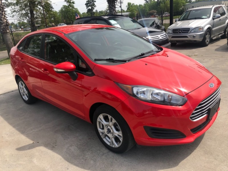 Ford Fiesta 2014 price $7,499