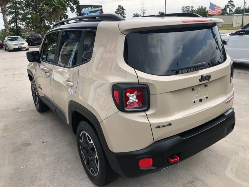 Jeep Renegade 2016 price $14,550