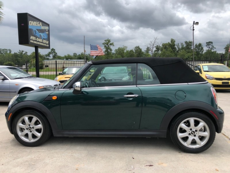 Mini Cooper Convertible 2009 price $6,550