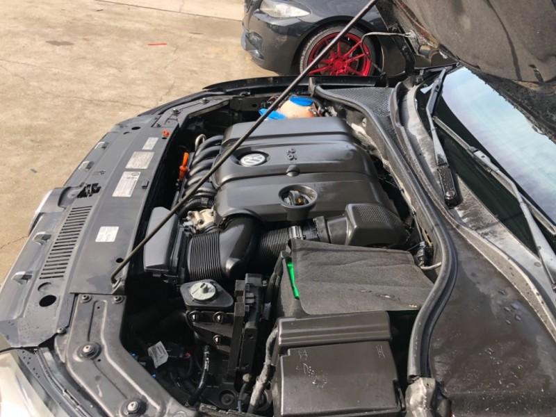 Volkswagen Passat 2012 price $7,750