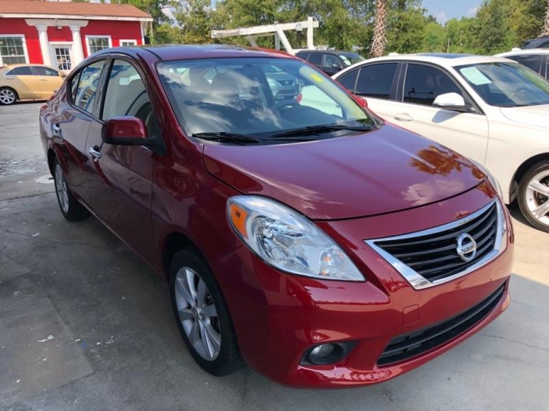 Nissan Versa 2014 price $5,250