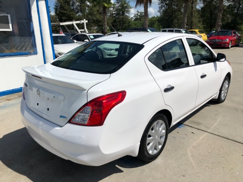 Nissan Versa 2014 price $6,999