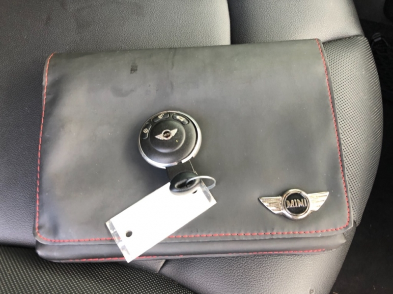 Mini Cooper Hardtop 2013 price $9,700