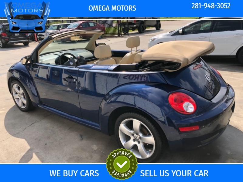 Volkswagen New Beetle Convertible 2006 price $5,999