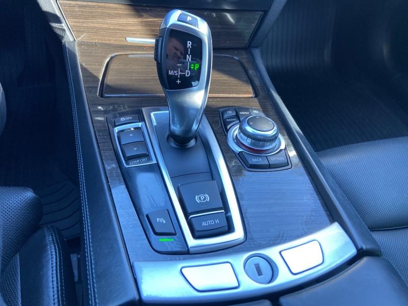 BMW 7-Series 2012 price $15,250